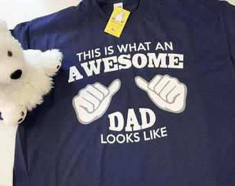 Awesome Dad with Pointing Thumbs T-shirt