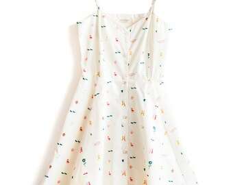 SALE 30% Circular Dress with Adjustable Spagetti Straps and Pockets. Pic Nic Print. Organic Cotton.