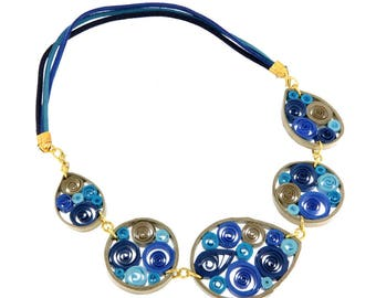 Paper quilling necklace Arabesco_01, blue and gold, eco-jewelry, vegan friendly