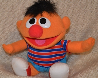 """TICKLE ME ERNIE, Plush. 13"""", He Laughs, Vibrates & says """"That Tickles."""" Tyco 1996."""