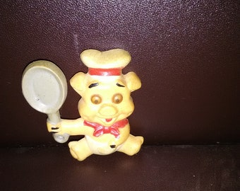 Vintage Pig With Rolling Eyes / Holding Fry Pan Kitchen Magnet