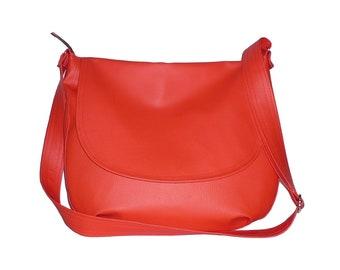 red messenger bag, red crossbody bag, red vegan crossbody bag, red faux leather messenger bag, red faux leather crossbody bag, red vegan bag