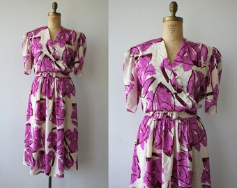 vintage 1980s dress / 80s purple floral dress / 80s graphic floral dress / 80s lavender dress / 80s tulip sleeve dress / large XL