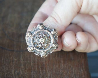 French Brass Stamping Ornate Round Filigree Lion Ring