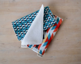 Organic Burp Cloths Set of 2 in Feathers & Serape