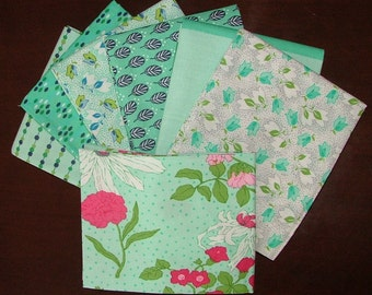 Color Me Happy Fat Quarter Bundle of 6 and 1 HALF YARD in Teal by V & Company for Moda