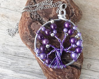 Necklace tree of life purple aluminum wire and beads
