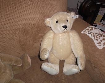 Steiff White Mohair Bear 0158/41