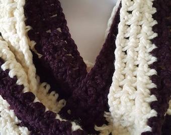 Infinity Plum/White Scarf, Winter Scarf, Scarf, Crochet Scarf, Infinity Scarf