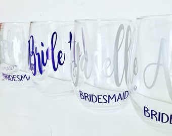 Set of 5 or 6 Bridesmaid Wine Glasses - Bridal Party Wine Glasses - Bridesmaid Gift - Bridesmaid Proposal - Personalized Wine Glasses