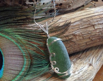 Frosted Green Sea Glass Necklace - Sea Glass Jewellery - Sea Glass Pendant - Beach Wear Jewellery - Genuine Sea Glass Necklace