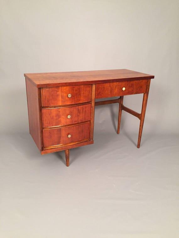 Mid-Century restored Bassett Desk with 4 drawers