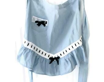 Vintage  Blue Apron with Eyelet Trim Dean Lockstitch Label  Dinner Hostess 1950s