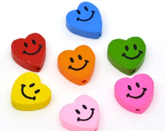 8 wooden hearts smiling faces - multicolored - 18 X 16 mm big beads