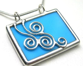 Stained glass pendant (546)