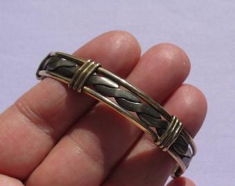 Retro Two Tone Rope Cuff Bracelet Broken