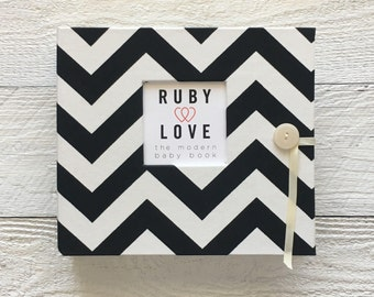 BABY BOOK | Black Chevron Stripe Album