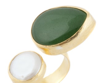 The Jade Twisted Ring