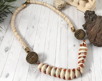 Long necklace, seashell necklace, ethnic necklace, boho necklace, carnelian necklace, boho necklace, white necklace, beige necklace.