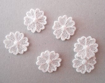 6 Flowers lace of 1.5 cm for your créations