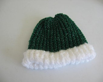Green and White puffy brim hat