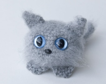 PDF Crochet Pattern - Amigurumi Dust Kitten