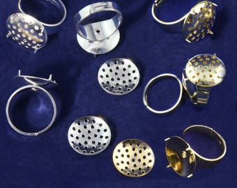 UK Seller. Cheap UK Postage. 5x Adjustable Finger Ring Bases with 16mm Clip-On Beading Sieves - 2 Colours (Sp or Gp)