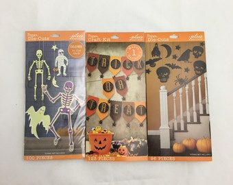 Halloween Craft and Party Supply Decorations Die-Cuts  Bats Spiders Skulls Moon Stars Crows Glow in the Dark Skeleton Ghosts Mummies Banner