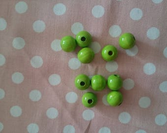 Set of 10 beads Wood Green 10mm
