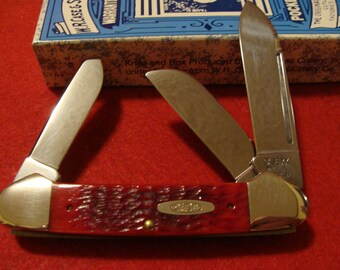 Case Classic Red Bone Gunboat Canoe  6394