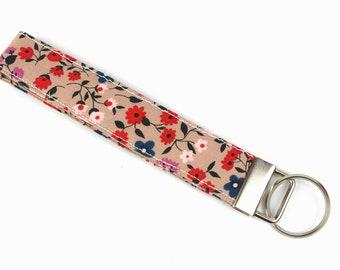 Key Fob, Floral Key Fob, Flower Key Fob, Blush Key Fob, Blush Pink Keychain, Girly Key Fob, Floral Key Chain, Summer Key Fob, Fabric Key Fob
