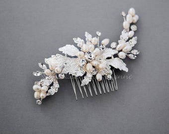 Wedding Hair Comb of Textured Leaves and Ivory Freshwater Pearls bridal Hair Piece Accessory