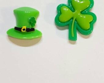 Clover or Irish Hat Needle Minder