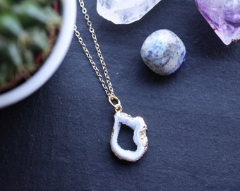 Genuine Clear Quartz Raw Geode Druzy Crystal Slice Necklace with 18K Gold Plated Chain
