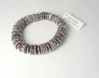 Stretch Antiqued Roundelle Bracelet