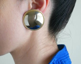 oversized gold circle earrings / minimal earring / round earring
