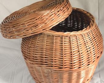 Wicker Storage Basket With Lid, Woven Laundry Basket, Handwoven Toy Storage Basket Round Side Table Storage Bin Rustic Decor Laundry Hamper