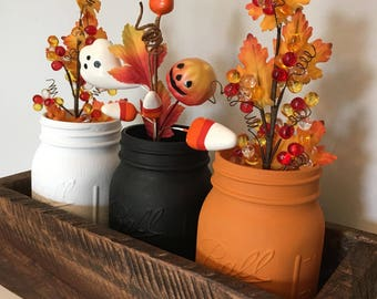 Halloween Mason Jar Decoration with rustic, reclaimed box