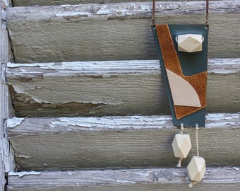 Pearl necklace, green, cream, camel leather, wood, adjustable leather cord
