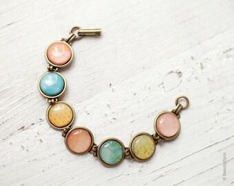 Pastel link Bracelet - Spring bracelet - Color Bracelet - Vintage style jewelry - Pastel Jewelry - Pink Bracelet, blue Bracelet, yellow