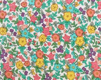 wild flower - bouquet pattern cotton  /  20s Cotton fabric