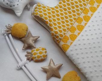 Sleeping bag pineapple yellow gold