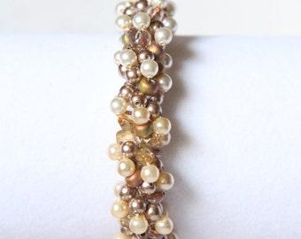 Spiraling Pearls Bracelet