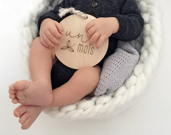 FRENCH - 5-piece Set - Baby Timber Milestone Cards - Nursery Decor - Wood - Newborn Gift - Photography Props