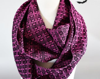 MADE TO ORDER - Handwoven Cotton Loop Lace Scarf in your choice of colour