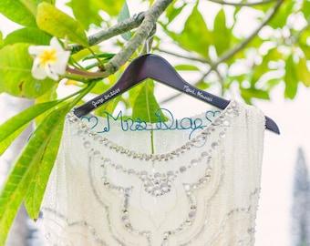 RESERVED FOR STEFANIA x7 Wedding Dress Hanger, Bride Hanger, Last Name Hanger, Mrs Hanger, Wedding Hanger