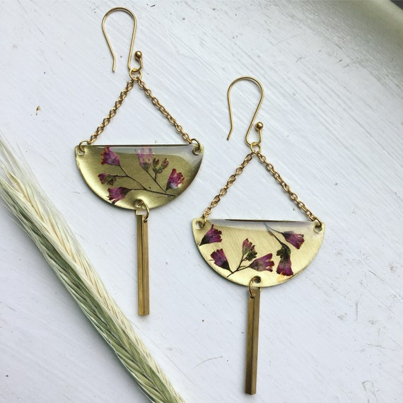 Heuchera flower dangly earrings