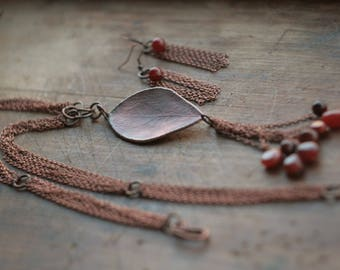 Set of necklace and earrings, electroformed leaf and chains, chainmaile, electroforming, copper electroform, carnelian,necklace and earrings