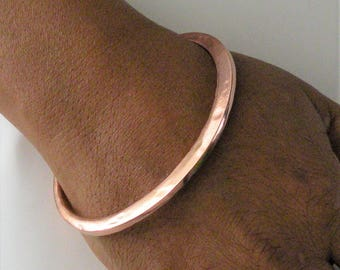Copper Bangle, Ellipse Bangle, Hammered Copper, Bright Shiny Copper, Heavy Gauge Copper, Copper Bracelet, Chasing and Repousse, Heavy Bangle