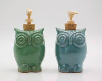 Ceramic Soap dispenser, Kitchen decor, Hand soap dispenser, Owl decor, Kitchen soap dispenser, housewarming gift, owl handmade pottery